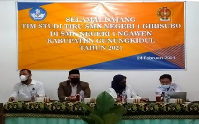 Studi Tiru di SMKN 1 Ngawen